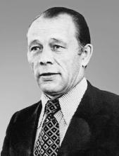 Топчев Юрий Иванович